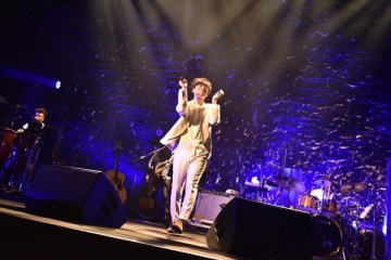 多彩なグルーヴで観客を魅了した中田裕二
