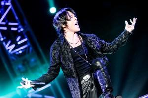 氷室京介「LAST GIGS」ラストは35曲、BOØWY「B・BLUE」で締め