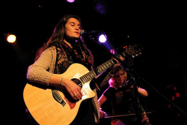 Lily & Madeleine (Credit Annett Bonkowski MusikBlog)tt_Bonkowski
