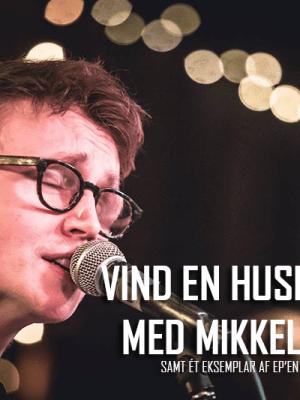 Mikkel Julius spiller huskoncert