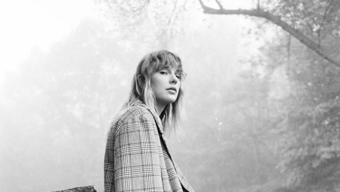With FOLKLORE, Taylor Swift has started a new musical Chapter. EVERMORE will this lead to more.