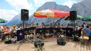 Almmesse und Almfest auf der Hochfeldern Alm - Es spielten die Mieminger Musikanten, Foto: Knut Kuckel