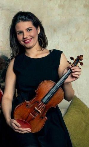 Fiolinisten Alexandra Peral