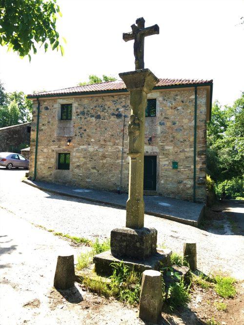 Cruceiro (An original Camino marker)
