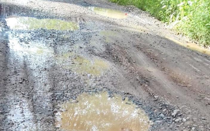 Baru 2 Bulan Proyek Peningkatan Jalan Sudah Rusak Berat, Tindak Lanjut PUBM?