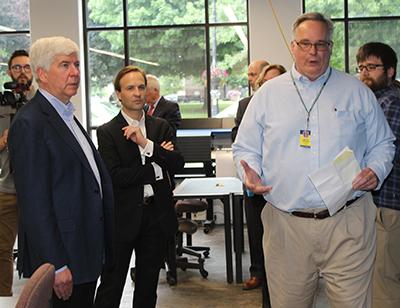 Gov. Snyder with MCC Faculty member David Stradal