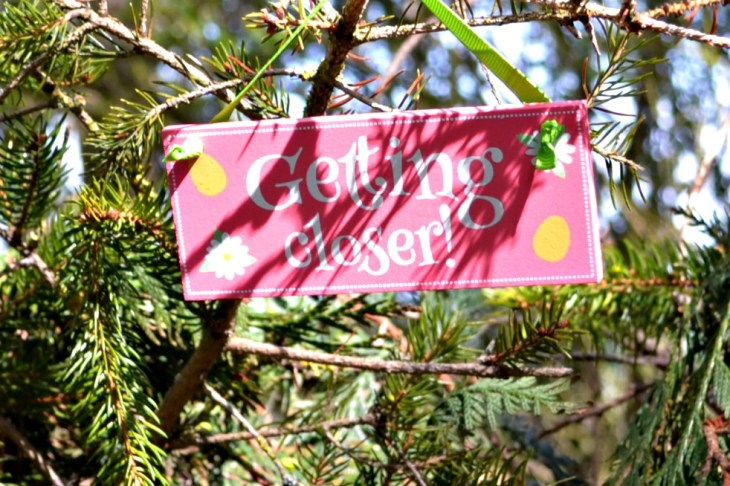 Signs on easter hunt at sacrewell farm