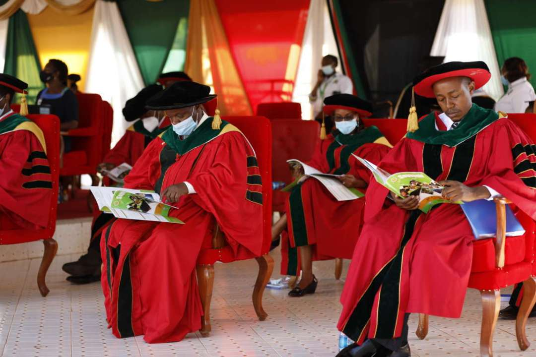 meru-university-graduation-meru-university-of-science-and-technology-souvenir-magazine