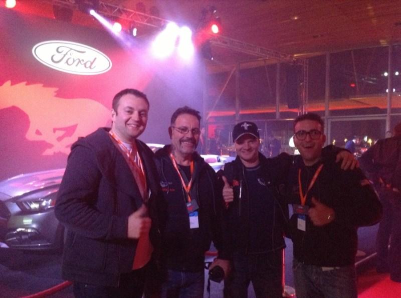 Na fotce nasz wysłannik klubowy czyli Kuba, koledzy zMustang Club of Italy zNorwegiem