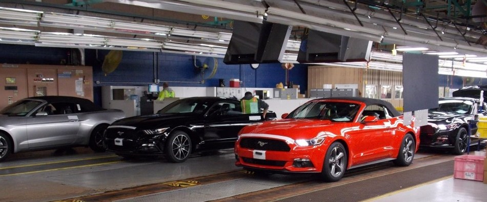 2015-ford-mustang-convertible-begins-to-shipping-to-dealerships_100493805_l