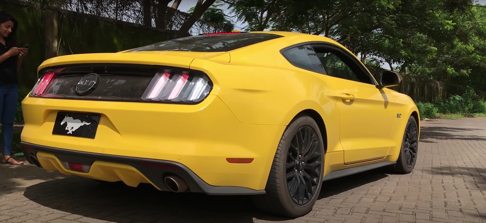 video 2017 ford mustang gt stock
