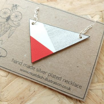 Triangular Red Necklace With Angled Dotted Pattern
