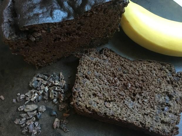Double Chocolate Banana Bread #paleo #bread #grainfree #glutenfree #banana #chocolate Must Hike Must Ea