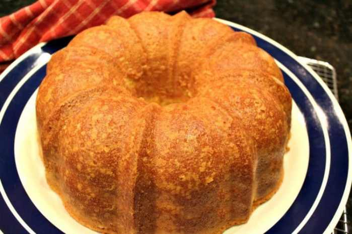 39 Perfect Pound Cake Recipes - Our Best Life | Perfect