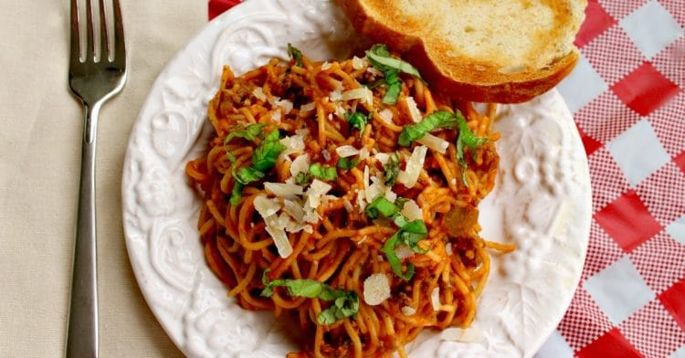 Easy Crock Pot Spaghetti