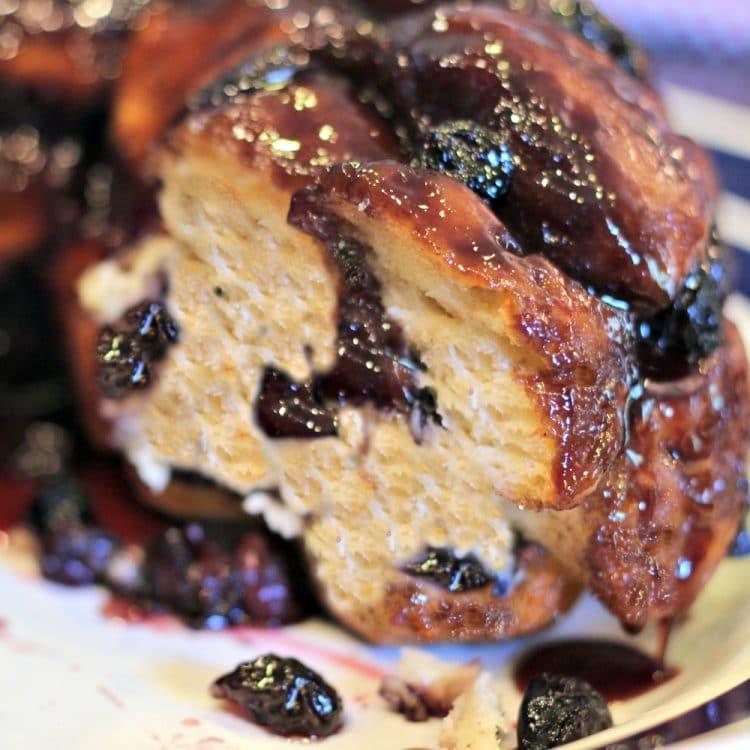 Blueberry Vanilla Monkey Bread