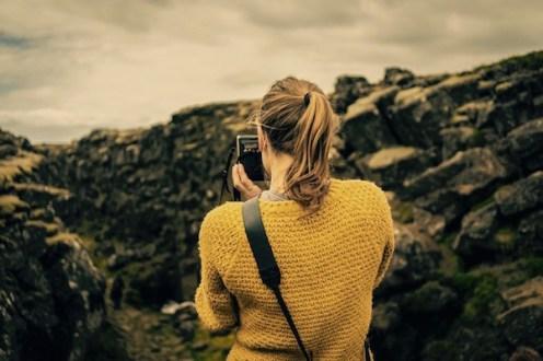 Woman-in-Thingvellir-Iceland