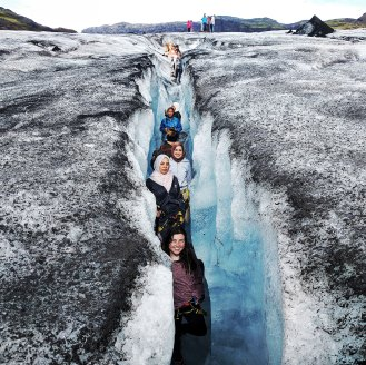glacier-expedition-on-solheimajokull-3