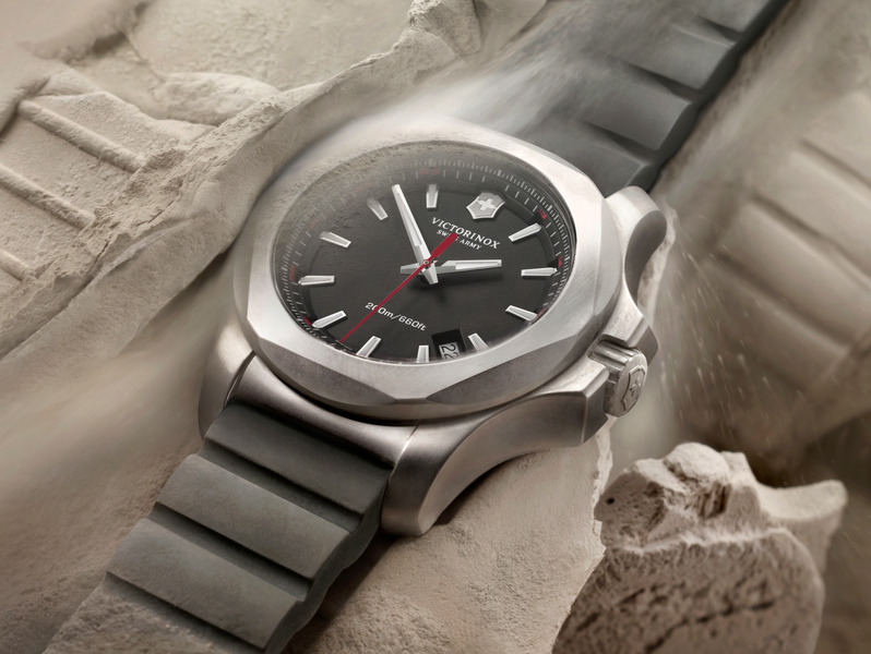 VICTORINOX INOX WATCH