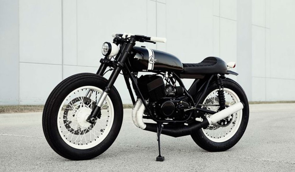 1973 YAMAHA RD350 S2RD BY ANALOG MOTORCYCLES