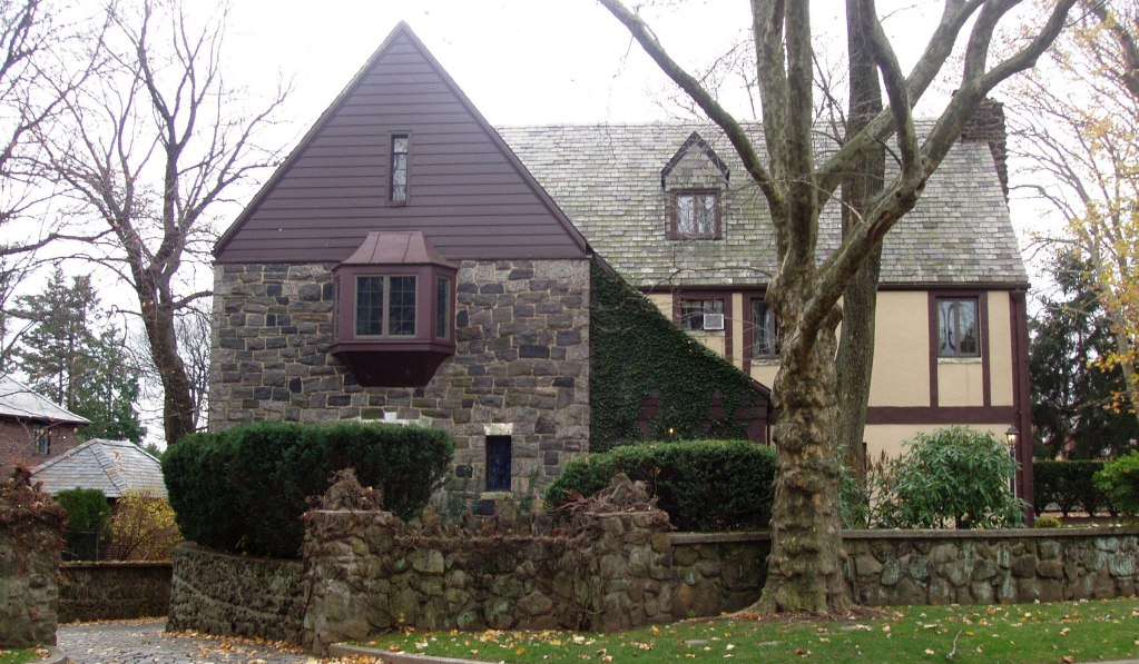 GODFATHER HOUSE FOR SALE