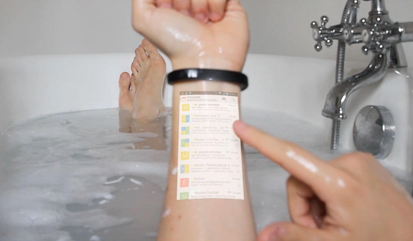 CICRET BRACELET TURNS YOUR ARM INTO A SMARTPHONE