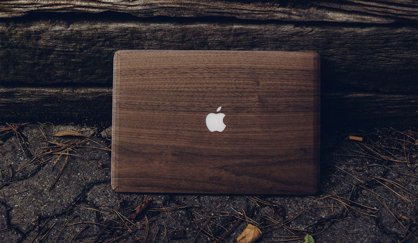 GLITTY WOOD MACBOOK COVER