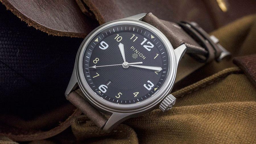 Pinion Atom Watch