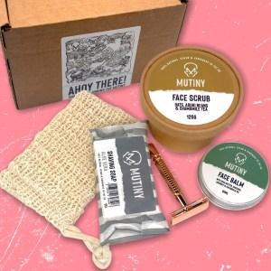 Mutiny Razor, Scrub & Balm Set