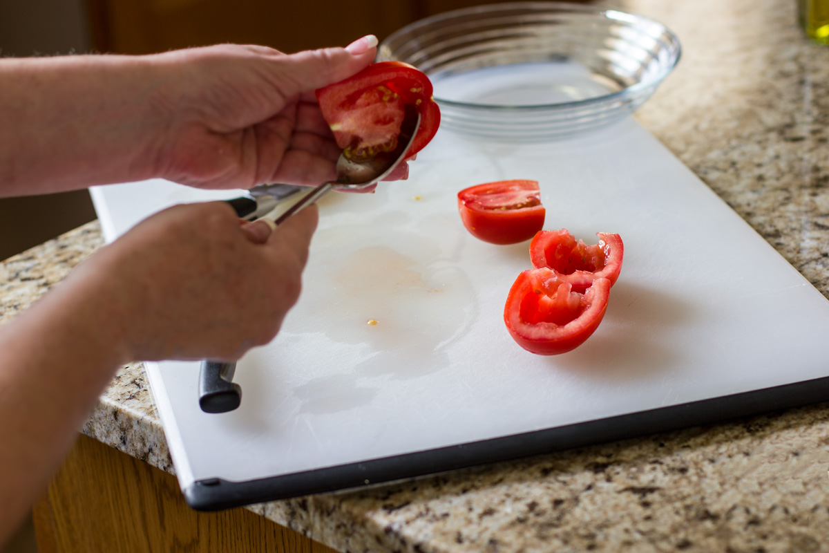How to core the tomatoes