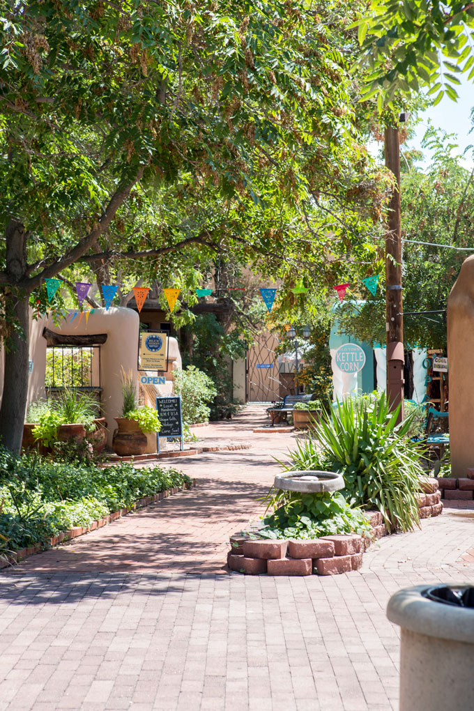 Picturesque shop fronts in Old Town Albuquerque