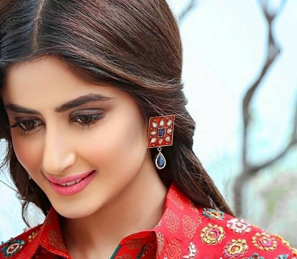 Sajal Ali Top 5 Beautiful Pakistani Actresses 2016