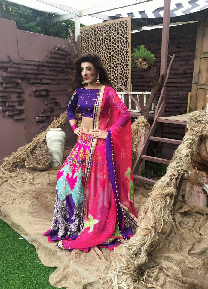 Urwa Hocane's Latest Photoshoot For Punjab Nahi Jaungi Promotion (4)