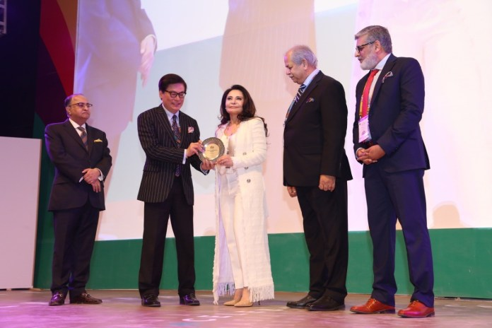 EBM's founder - Khawar Masood Butt wins the prestigious AFAA award at AdAsia 2019