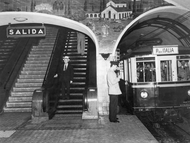 La metrou, Buenos Aires, noiembrie 1939