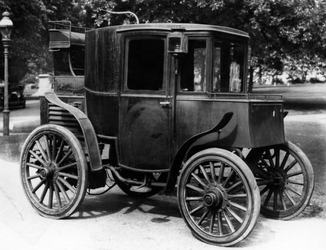 """cca. 1899 - """"Columbia"""", mașină electrică"""