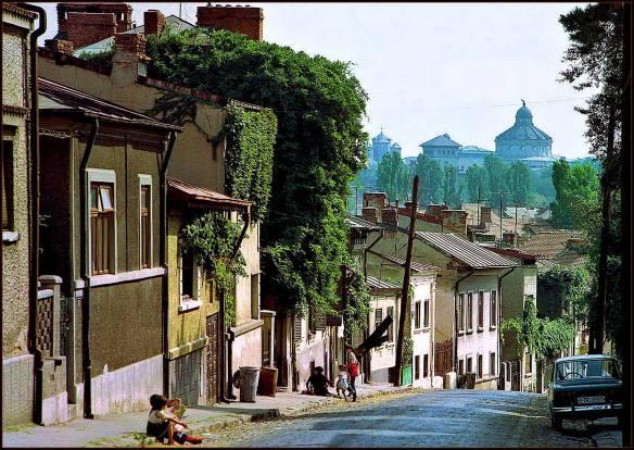 Strada Ecoului în 1980 (a fost demolată de Ceaușescu în 1984)