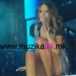 Познатата балканска поп пејачка Емина Сандал (Јаховиќ) се разведува?!