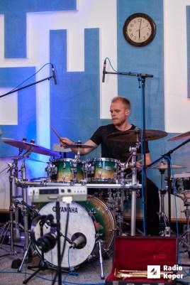 jazzlessness10let-jazz-v-hendrixu-24-11-2016-foto-alan-radin-11