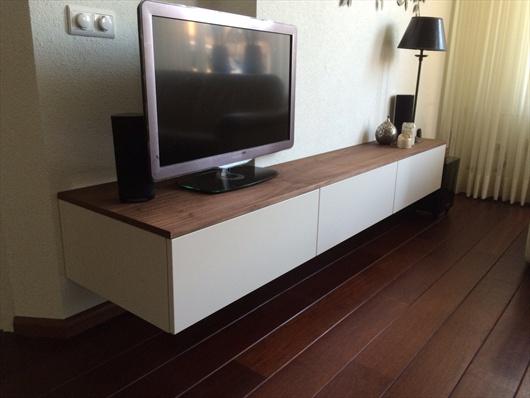 TV en audiomeubels  M van den Akker Maatinterieur Den