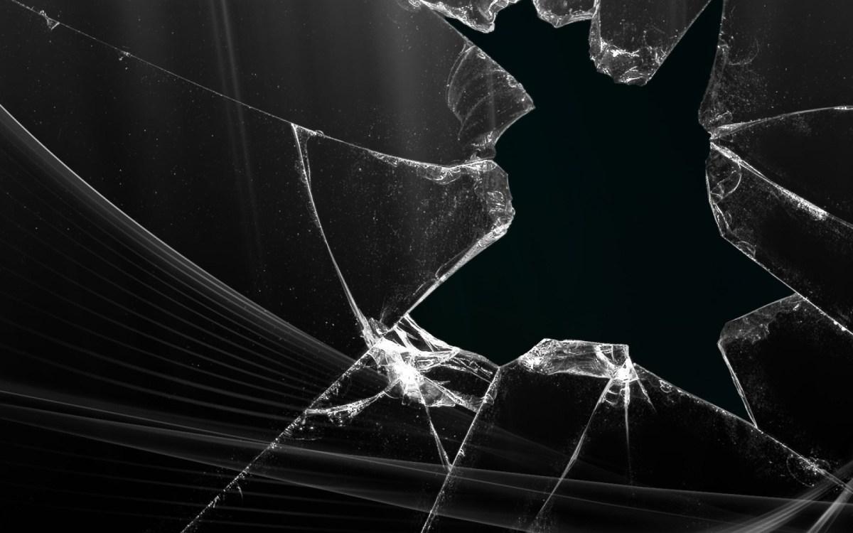 ¿Una pantalla de smartphone que se repara sola?
