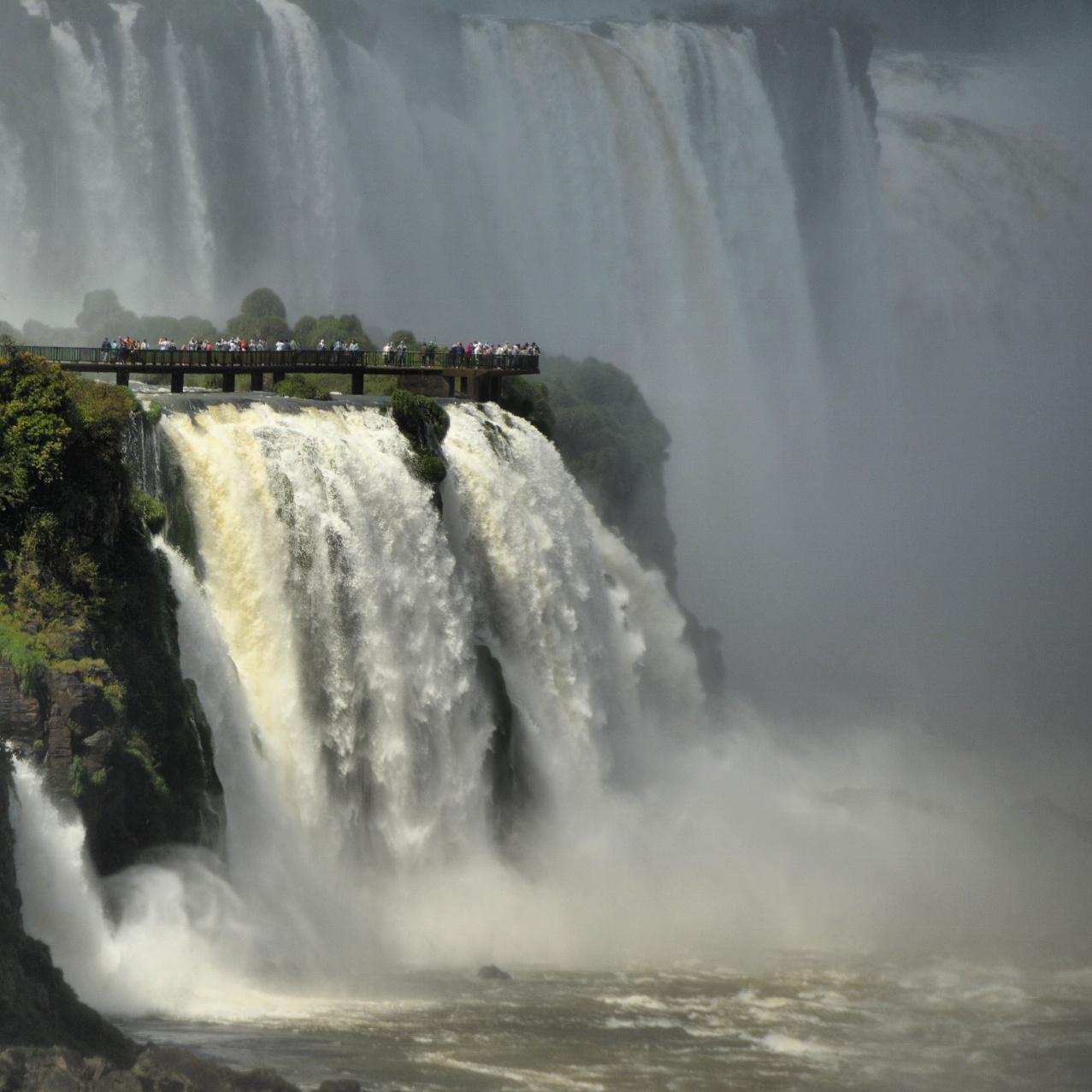 Cataratas do Iguaçu, lado brasileiro, Foz do Iguaçu - PR, by Luciana de Paula, 2016
