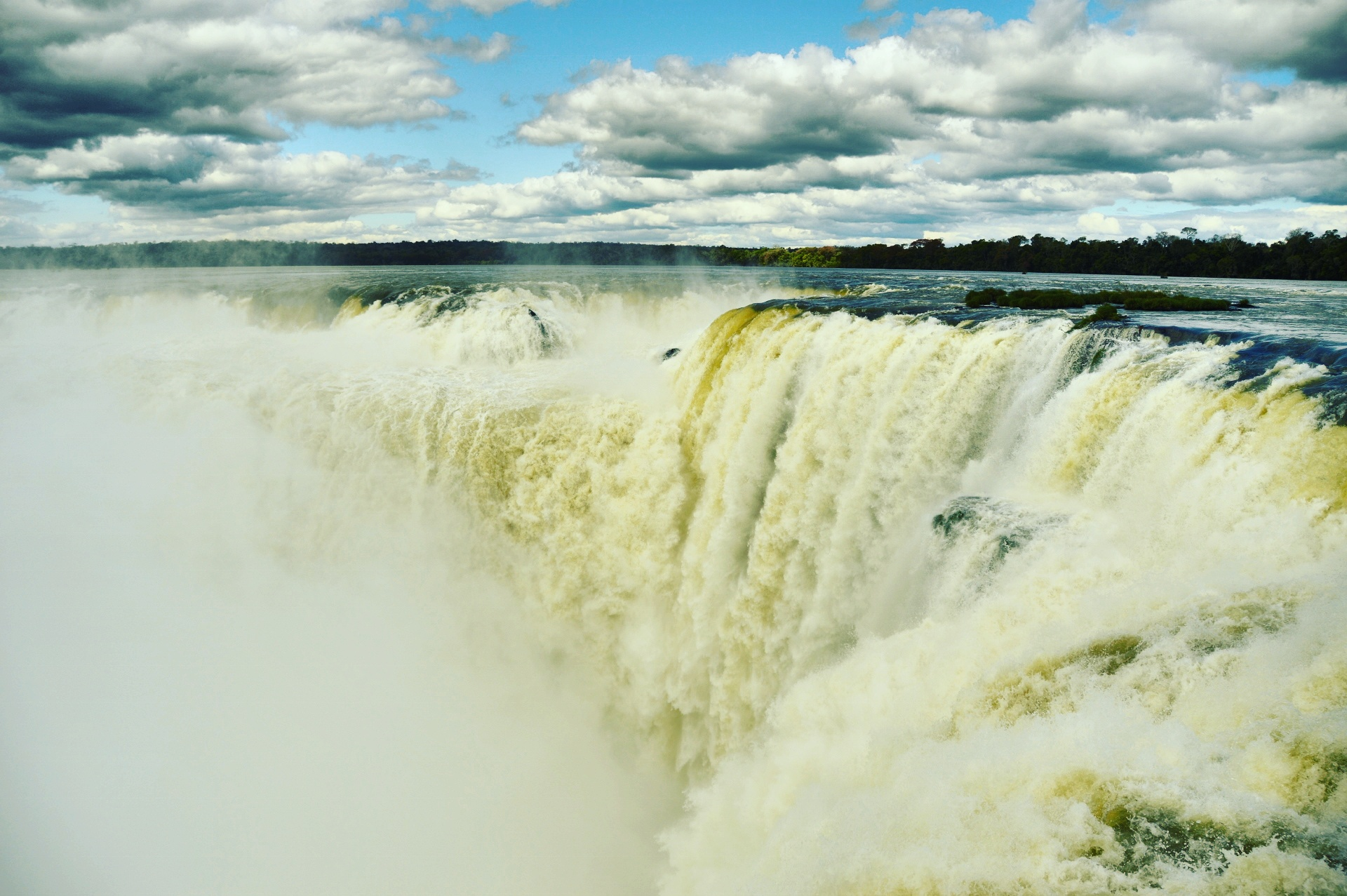 Garganto do Diabo, Cataratas do Iguaçu, lado argentino, Puerto Iguazu - Argentina, by Luciana de Paula, 2016
