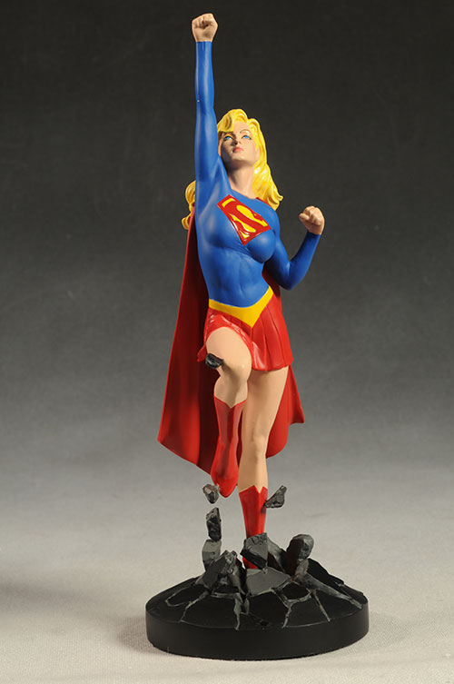 Review and photos of DC Cover Girls Supergirl statue by DC