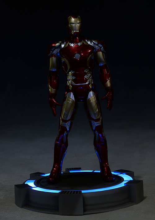 Review And Photos Of Avengers Action Heroes Vignettes Iron