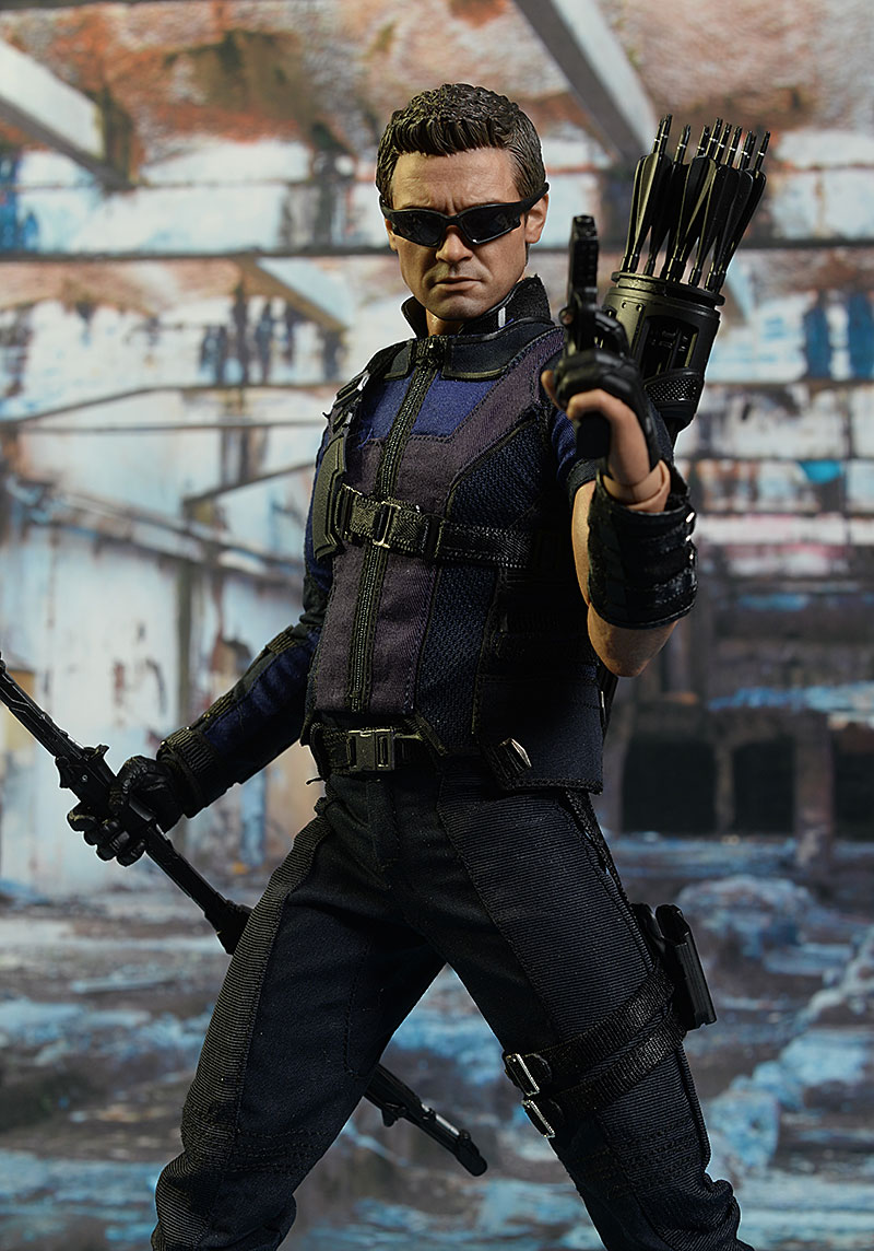 Civil War Hawkeye 1/6th action figure by Hot Toys