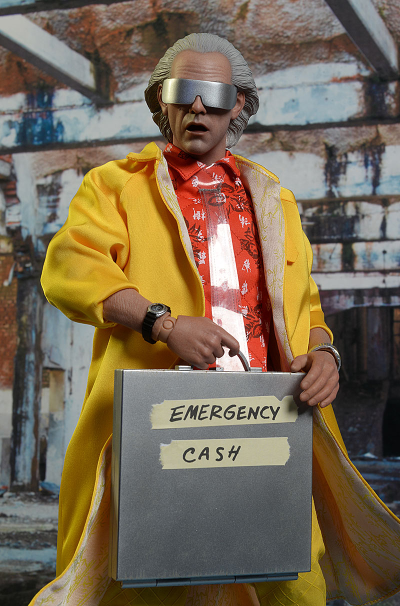 Doc Brown Back to the Future sixth scale action figure by hot Toys