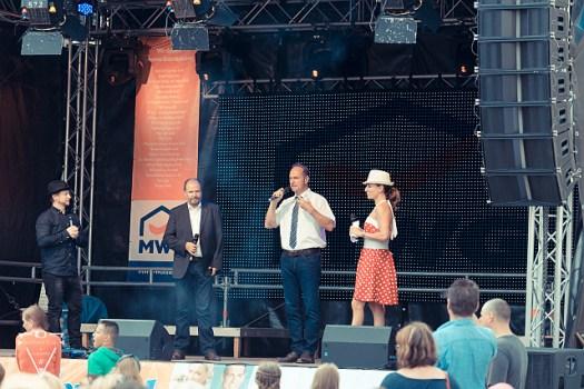 Susi Brandt & Stephan Michme moderieren auf dem Fest