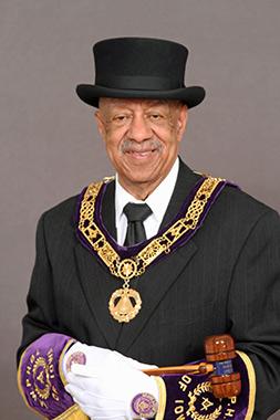 Lynn Lewis Jr.