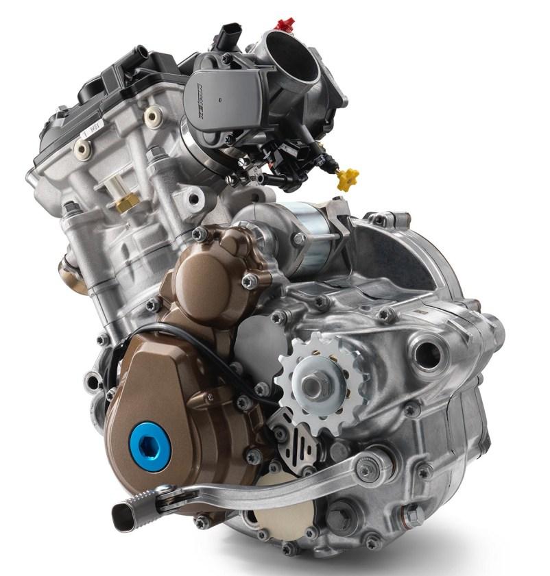 Husky-FC-250-engine
